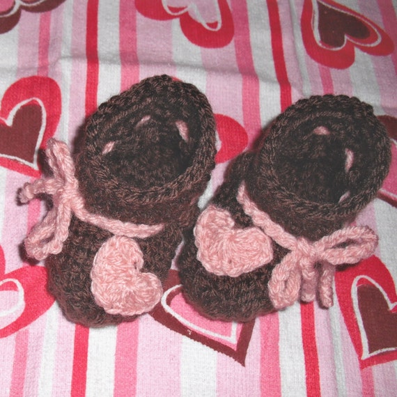 SALE Precious Sweetheart Baby Booties - 3-6 mo size - chocolate and pink - ready to ship