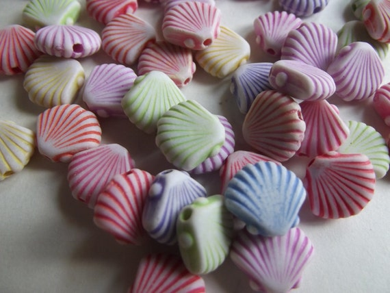 Acrylic Shells Beads Mix Color - 40 Pieces