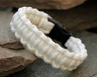 Paracord Survival Bracelet - White