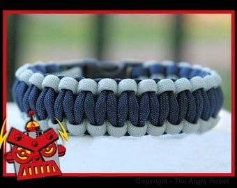 550 Paracord Survival Bracelet Cobra - Silver and Navy Blue
