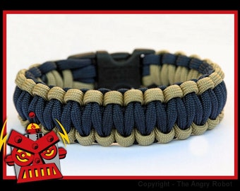 550 Paracord Survival Bracelet - Desert Tan and Navy Blue
