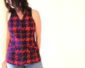 vintage 70s HOUNDSTOOTH red and navy plaid fitted tank top, small-medium