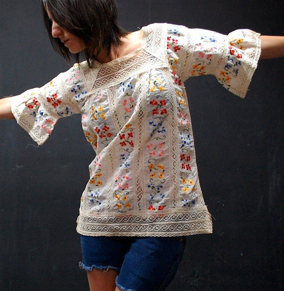 vintage 70s traditional floral lace mexican blouse