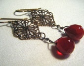 Bonne Soiree earrings