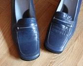 Vintage Blue Leather Square Toe Flats Pump Shoes - size US 9 - EUR 40