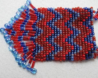 Red and Blue Chevrons  Bead-woven  Amulet\/Pouch Necklace