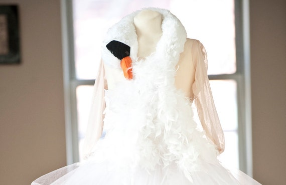 MADE To Order  Deluxe Bjork SWAN Dress Halloween Costume.  Tulle, Feathers, Masquerade, Cocktail Dress