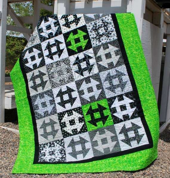 Large Lap Quilt, Black and White Dash, 50 by 66