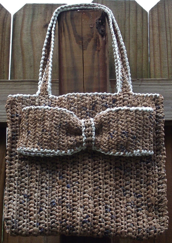 Crochet Plarn Tote Bag Pattern : Items similar to Crochet Pattern .....Everyday Plarn ...