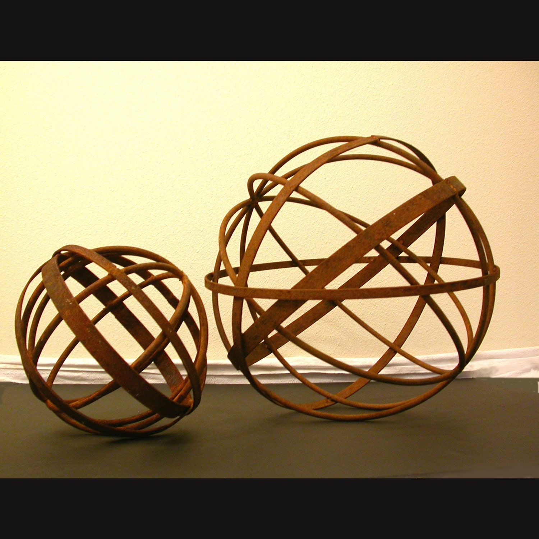 garden art metal sphere 14 diameter sculpture home and garden decor - Metallic Garden Decor