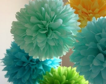 Summer Breeze .. 5 Tissue Party Poms ..  Wedding Reception Decor .. Bridal Shower .. Baby Shower Decor