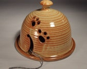 Yarn Keep in Shino with Dome Lid for Curious Cats