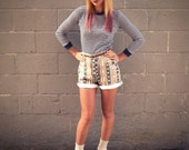 Vintage 90's patterned aztec  high waisted short shorts