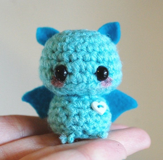 Amigurumi Mani : Mini Amigurumi Blue Bat Kawaii Halloween by twistyfishies ...