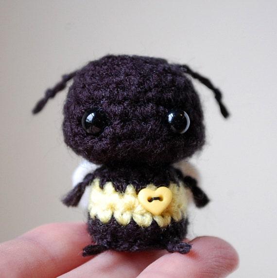 Kawaii Baby Bumblebee - Mini Amigurumi