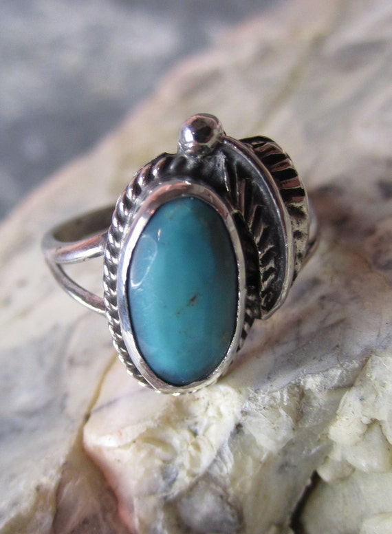 Western Sterling Silver Turquoise Ring - Size 6 1/2 - MAJOR PRICE REDUCTION