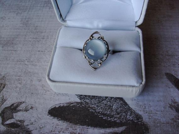 Twilight Inspired.... Bella's Moonstone Silver Ring
