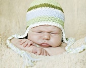 0-3 month size green and blue stripe beanie