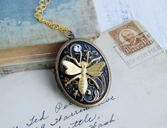 Golden BEE Locket Necklace Steam Punk Insect Honey Bee Vintage Style