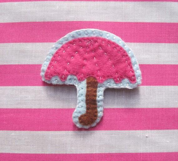 Pink Umbrella Felt Brooch Fashion Accessory
