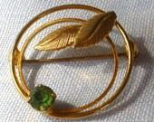 Vintage Green Rhinestone Circular Pin Brooch