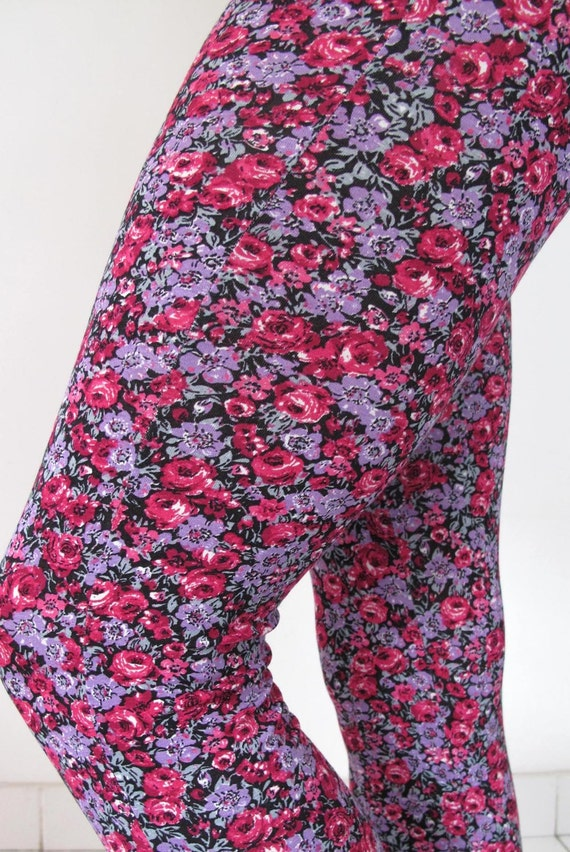 LIMITED EDITION - Leggings with 'Rose meadow' print. Yoga pants - dance wear - fitness - gym wear. Size SM