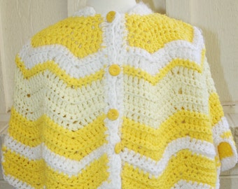 Vintage Children's Poncho - 1970s Yellow and White Chevron Stripe - Girl's Poncho - Knitted Poncho - Zig Zag Pattern - Gift for Little Girl