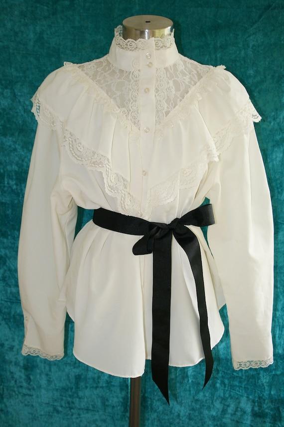Victorian High Collar Ruffled Blouse Gunne Sax Style Plus
