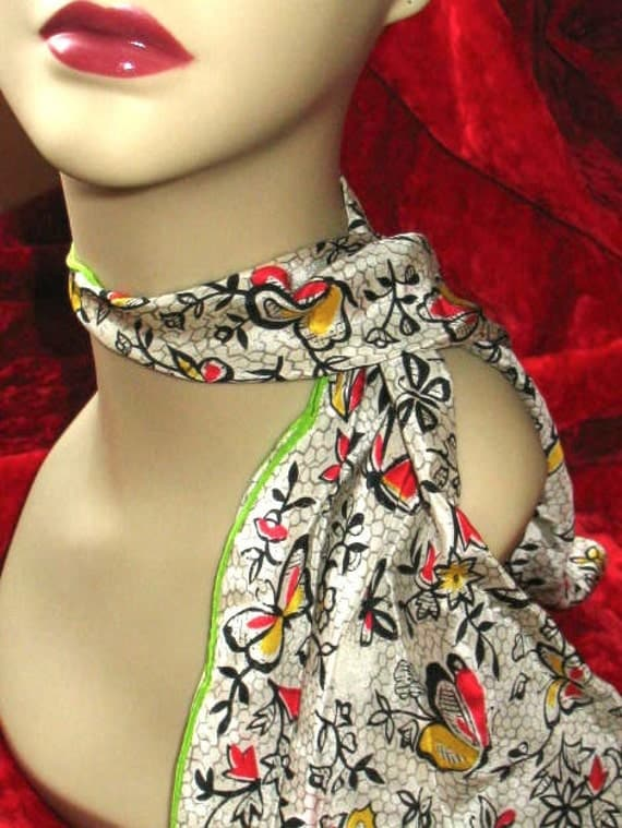 Vintage silk butterfly scarf in very good vintage condition.