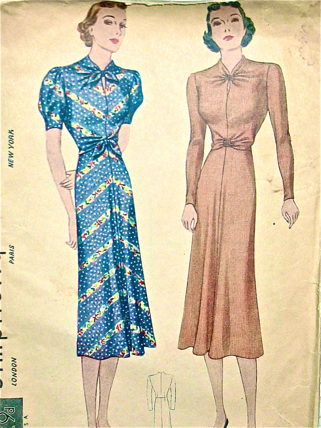 Vintage 1930s sewing pattern Simplicity 2691. Women's