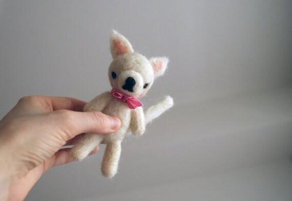 Medium Grumpy White Cat