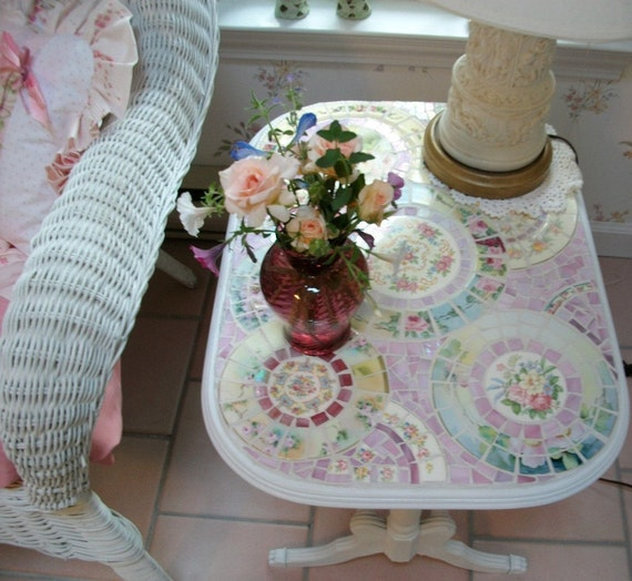 China Mosaic End/Side/Coffee Table, Shabby Pink Roses