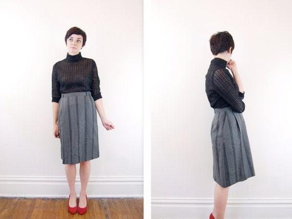 Gray Striped Hudsons Skirt - S M