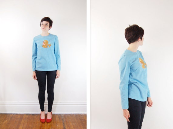 S A L E Embroidered 1970s Shirt - S