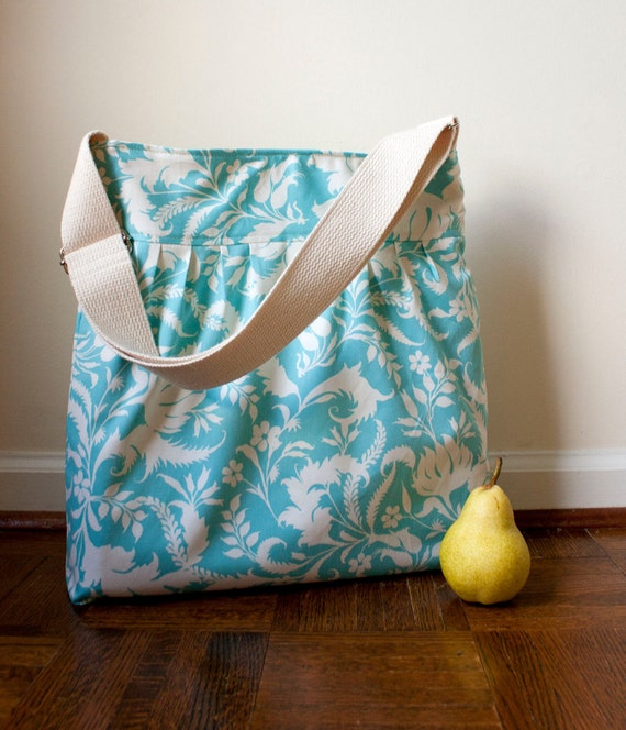 amy butler cross body // natural water resistant lining // floral girls diaper bag // summer fashion // the bravo bag // READY TO SHIP