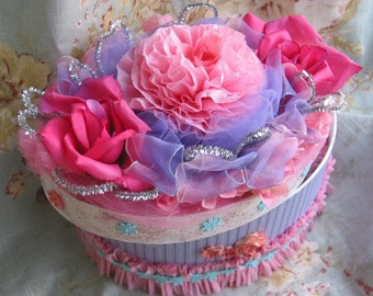 pink blue french trinket jewelry box embellished bird roses flowers glitter lace silver marie antoinette