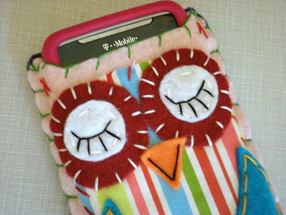 Sleepyhead Owl Eco Felt Owl Phone Cozy Blackberry iPhone Gadget Case