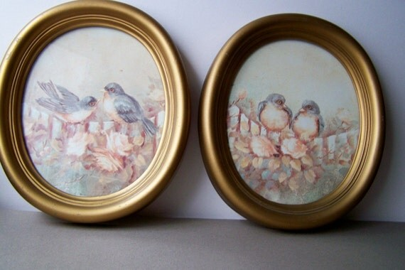 Vintage Romantic Oval Bird Prints