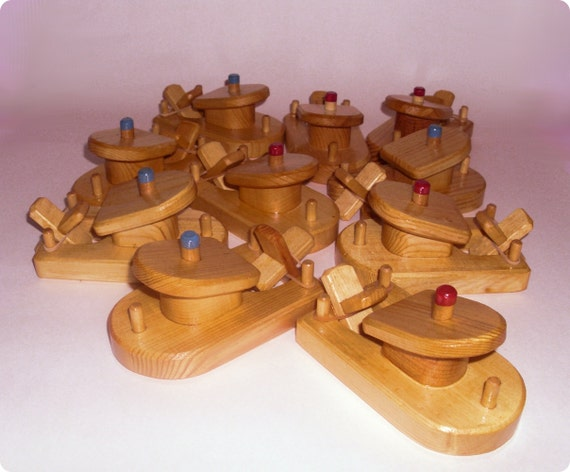 Buy 10, Pay for 9 - Wholesale Lot of 10 Wooden Toy Paddle Tug Boats Bath Fun Toys