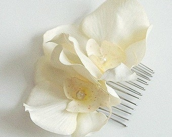 Ivory twin Orchid flower hair comb, any occasion, wedding, bridesmaid, hairpiece