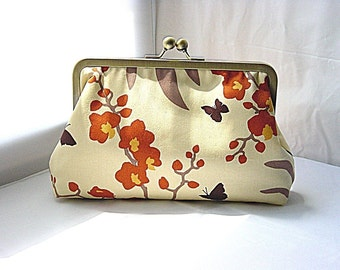 Ainsley - Butterfly Clutch lined in bronze dupioni silk