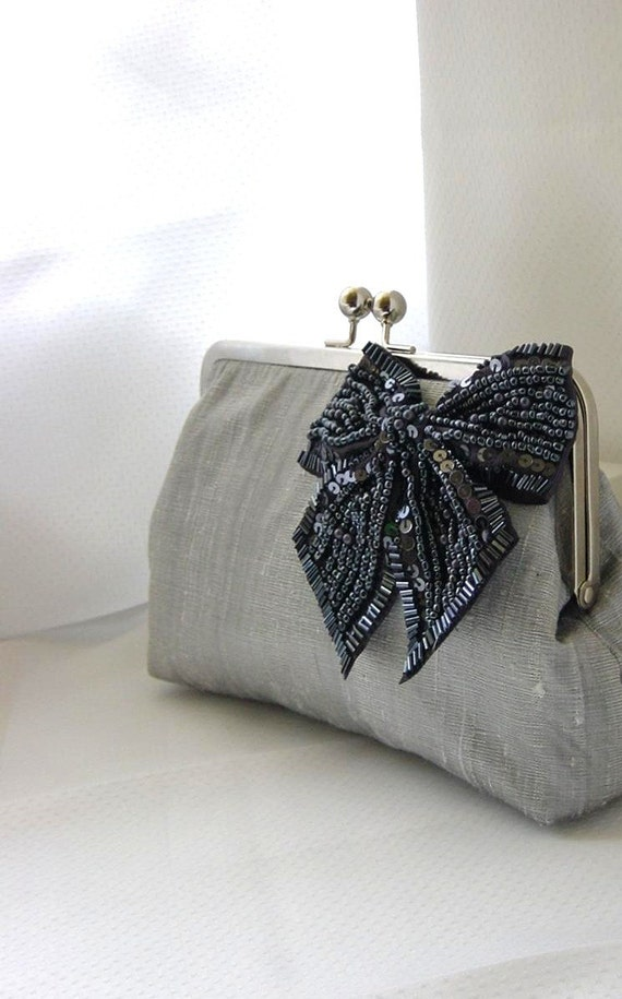 Items Similar To Gray Bridal Clutch Purse - With Beaded Bow - Natalie On Etsy