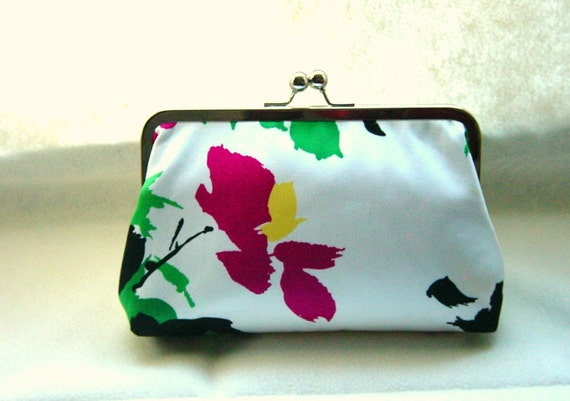 Bridesmaids Clutch - Wedding Clutch - Bridal Gifts - Bridesmaids Gifts - Black and White Clutch Purse - Floral Clutch - Ava Clutch