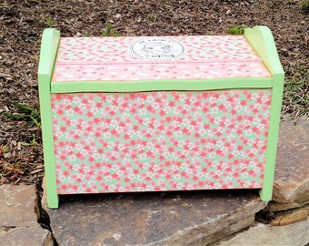 My Favorite Things -- Small Girl's Toy Chest