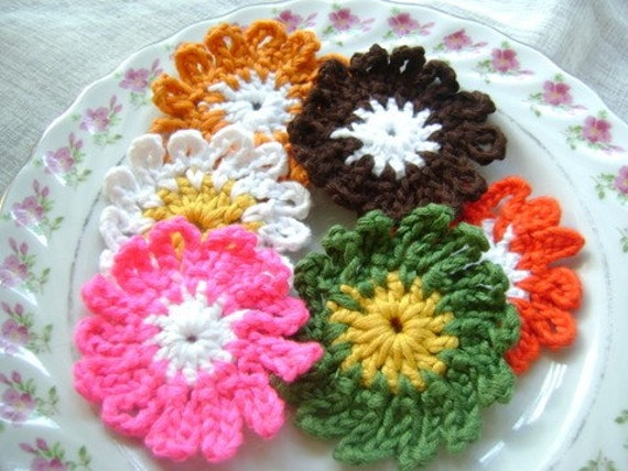 6 Pcs Cotton Crochet Applique Flowers...Pattern Applique...Crochet Applique...Embellishment