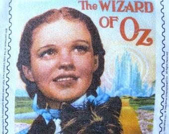gift it, not worn vintage WIZARD of OZ Judy Garland, Dorothy Toto top of 1989 US postage stamp sweatshirt