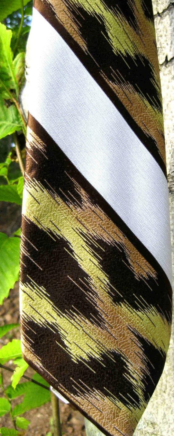 ANIMAL LEOPARD print tie by don loper, vintage gift