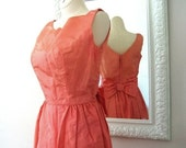 60% Off Shopwide Vintage Wiggle Dress 1950s in CORAL PINK