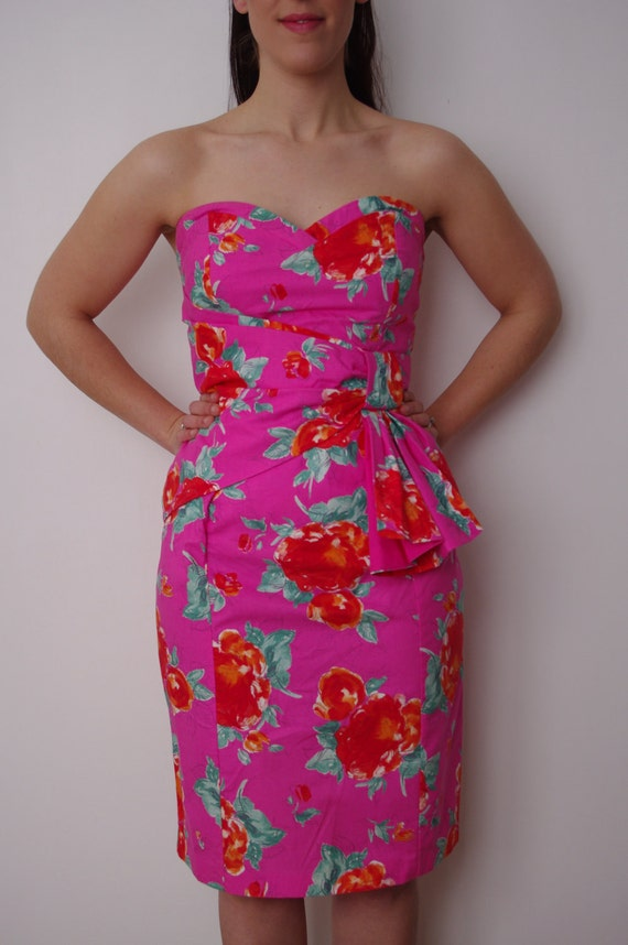 1980s does 1950s pink dress with red flowers - strapless and boned bodice - large