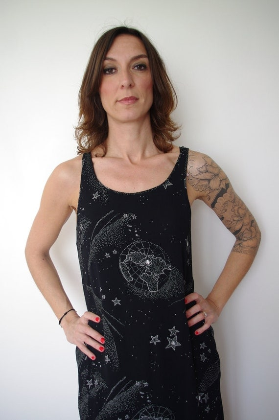 Vintage 1990s black lined loose dress -  constellation of stars and planets - small - medium - large - S - M - L